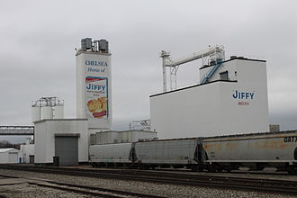 Chelsea, Michigan - Chelsea Milling Co. grain elevators