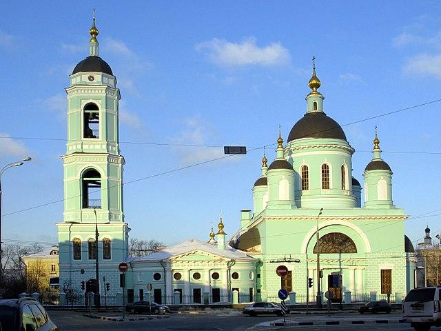 Храм Сергия Радонежского в Рогожской слободе (Москва) назван так не по главному престолу
