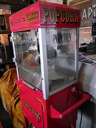 Popcorn maker - Old movie theater popcorn machine, Cinema Museum (London)