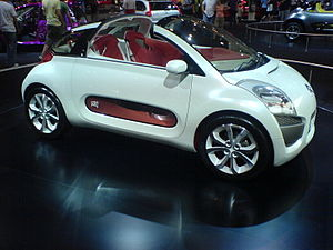 Citroen C-AirPlay Concept Car - Flickr - Alan D.jpg