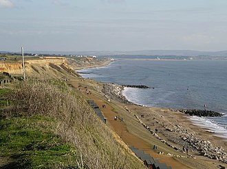 Barton on Sea - Image: Cliffs at Barton on Sea geograph.org.uk 111854