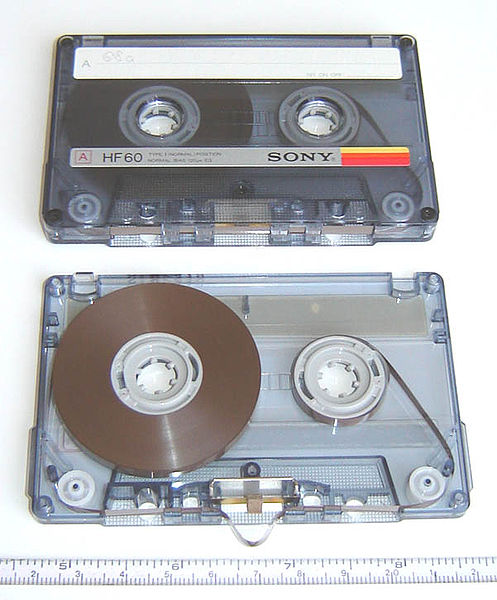 File:Compact audio cassette 4.jpg