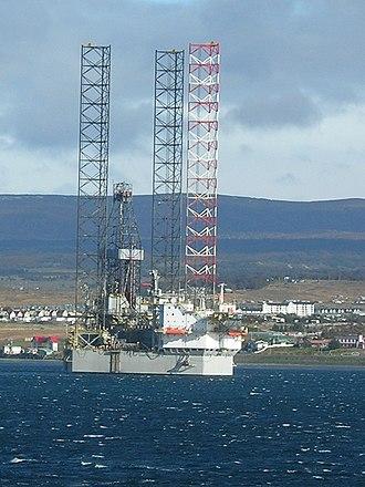 Jackup rig - A jackup oil rig.