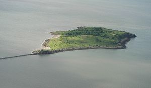 Cramond Island from air.JPG
