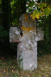 The monolithic cross in Pluduno