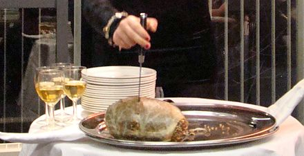"""Great chieftain o' the puddin-race!"" - cutting the haggis at a Burns supper Cutting the haggis.jpg"