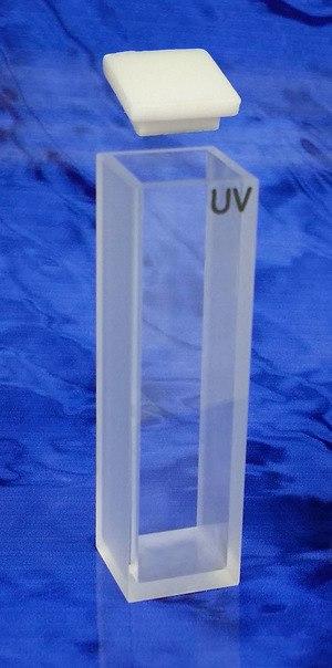 Cuvette - A UV quartz cuvette.