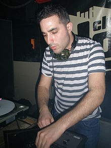 DJ Yoda Low Club 2008.JPG