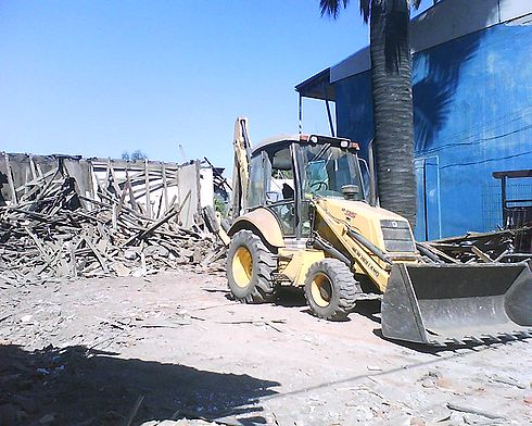 A demolished house in Santa Cruz, Chile, after the 2010 Chile earthquake. Image: Diego Grez.