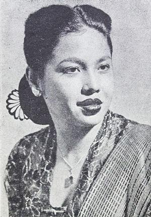 Oriental Film - Image: Dhalia Film Varia Nov 1953 p 18