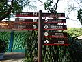 Directional sign in Shenzhen Safari Park in January 2016.jpg