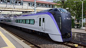 E353 series set S201 Kami-Suwa Station 20150729.JPG