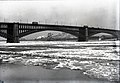 Eads Bridge, January, 1917.jpg