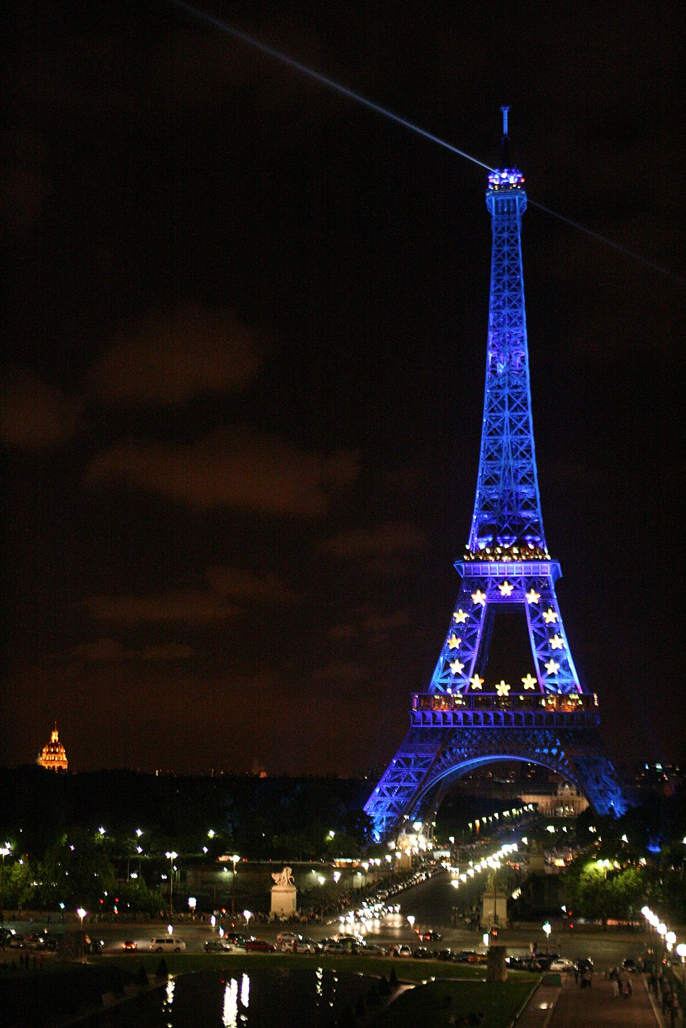 Eiffel Tower wearing Europe colors - panoramio