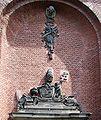 Elendskirche-Köln-Relief-Ausschnitt-St-Gregorius.jpg