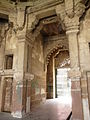 Entrance interior, Atala Masjid, Jaunpur.jpg