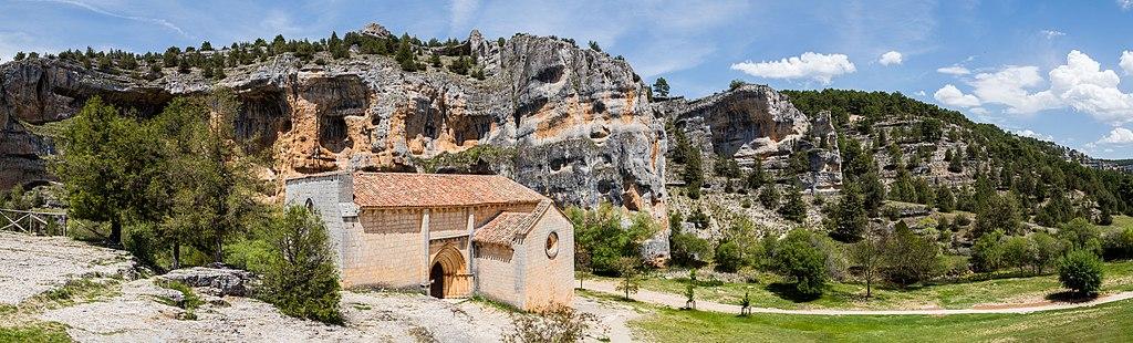 Ermita de San Bartolomé, Parque Natural del Cañón del Río Lobos, Soria, España, 2017-05-26, DD 04-08 PAN.jpg