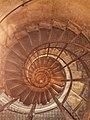 Escalier intérieur Arc de Triomphe.jpg