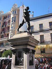 external image 180px-Est%C3%A1tua_de_Cascorro_Madrid_%28Espa%C3%B1a%29_1.jpg