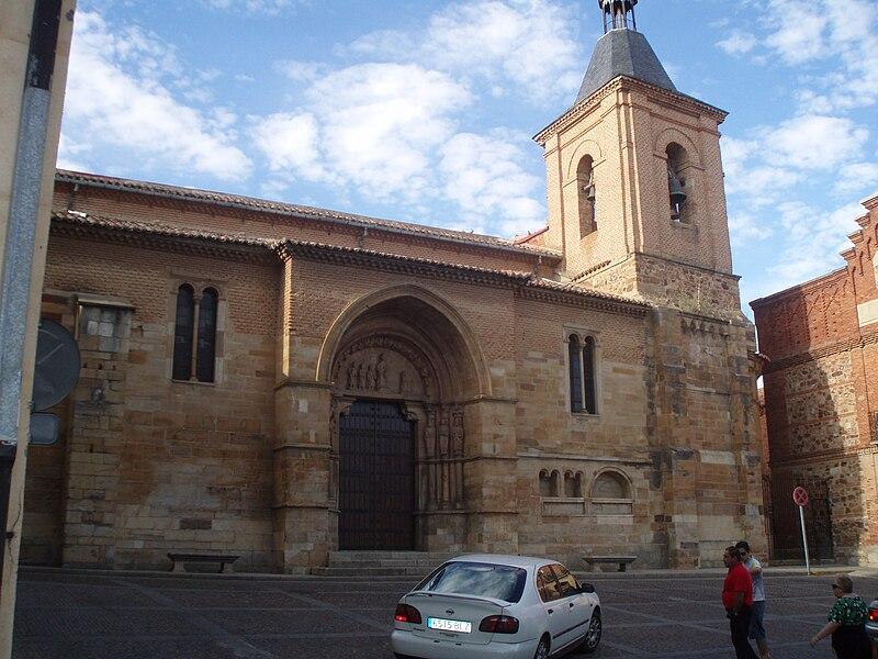 Exterior de San Juan del Mercado--2.JPG