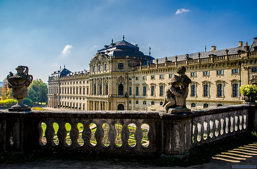 von Heribert Pohl --- Thanks for half a million clicks! from Germering bei München, Bayern (Fürstbischhöfliche Residenz Würzburg) [CC BY-SA 2.0 (http://creativecommons.org/licenses/by-sa/2.0)], via Wikimedia Commons