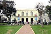 Fachada del Museo de Arte de Lima - Por Nina Gavancho.jpg