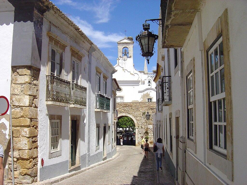 Faro Cidade Velha 2