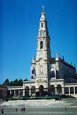 Our Lady of Fatima Basilica bearing the images...