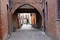Ferrara, Via delle Volte - panoramio - Carlo Pelagalli (1).jpg