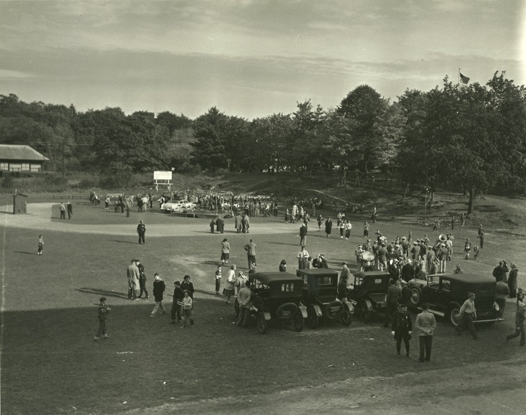 File:Field Day in Briarcliff Manor.tiff