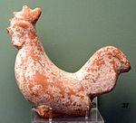 Figurina di gallo, da tomba di adolescente a tsampikos, T472, 450-425 ac. ca..JPG