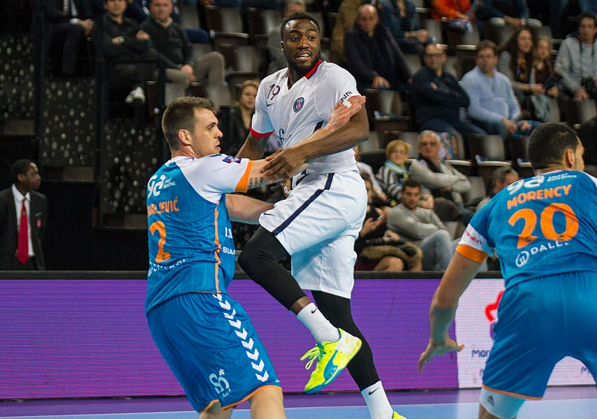Semi-finale of the Handball League Cup, between Fenix Toulouse and PSG.