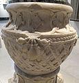 Firenze, colonna con armi medici e rucellai, da una villa dei salviati, 1450-1475 ca. 04.JPG