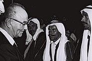 Flickr - Government Press Office (GPO) - P.M. Levy Eshkol meets the sheiks of the Bedouin tribes