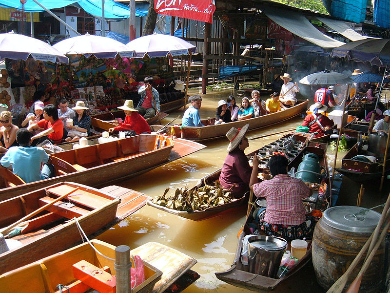 File:Floating market at Damnoen Saduak 2.JPG