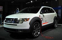Il Ford Edge concept plug-in a idrogeno e con pile a combustibile.