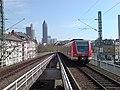 Frankfurt-Westbahnhof Rampe.jpg