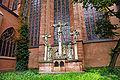 Frankfurt Am Main-St Bartholomaeus-Kreuzigungsgruppe-Backoffen.jpg