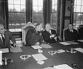 Generaal Ridgway bezoekt Ministerraad, Bestanddeelnr 905-3302.jpg
