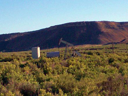 An oil well in western Colorado Grand Junction Trip 92007 131.JPG