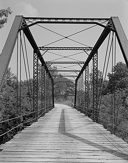 Grand River Bridge.jpg