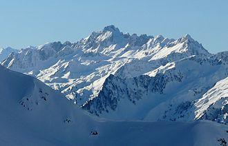 Grand Pic de la Lauzière - Image: Grand pic de la Lauzière depuis les hauteurs de la Léchère