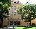 Graz-Ortweinplatz 1-2-Modeschule.JPG