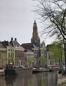 Groningen Der Aa-kerk april04