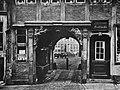 Höge, Carl Friedrich - Durchblick von der Steinstraße zum Jakobikirchhof (Zeno Fotografie).jpg