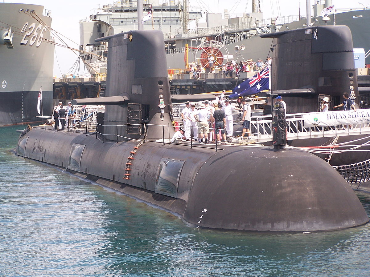 HMAS Sheean 01 gnangarra.jpg