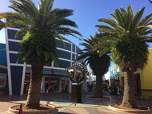 Harbour Town Shopping Centre on the Gold Coast 02