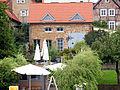 Helles Backsteinhaus, Plau am See - panoramio.jpg