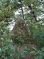 Helmstatt Grabpyramide 2012.JPG