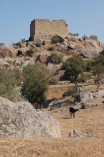 Heraclea Latmus Temple of Athena.JPG
